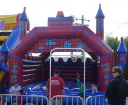 Large Jumping Castle (2)